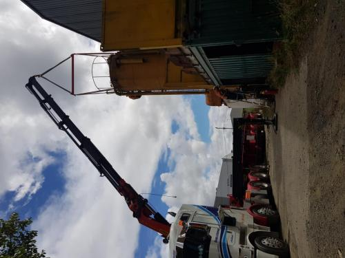 Top and tailing silo with winch and moving from Papakura to Bombay. Approx 6t